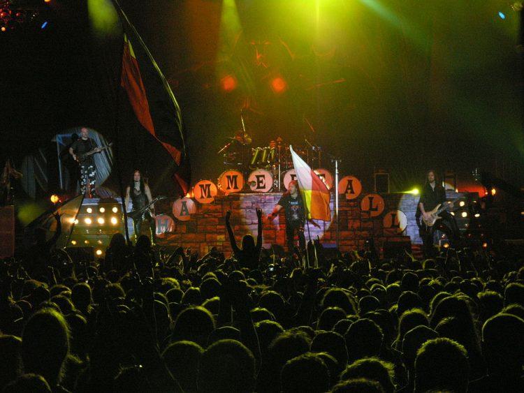 1024px-Masters_of_Rock_2007_-_Hammerfall_-_11