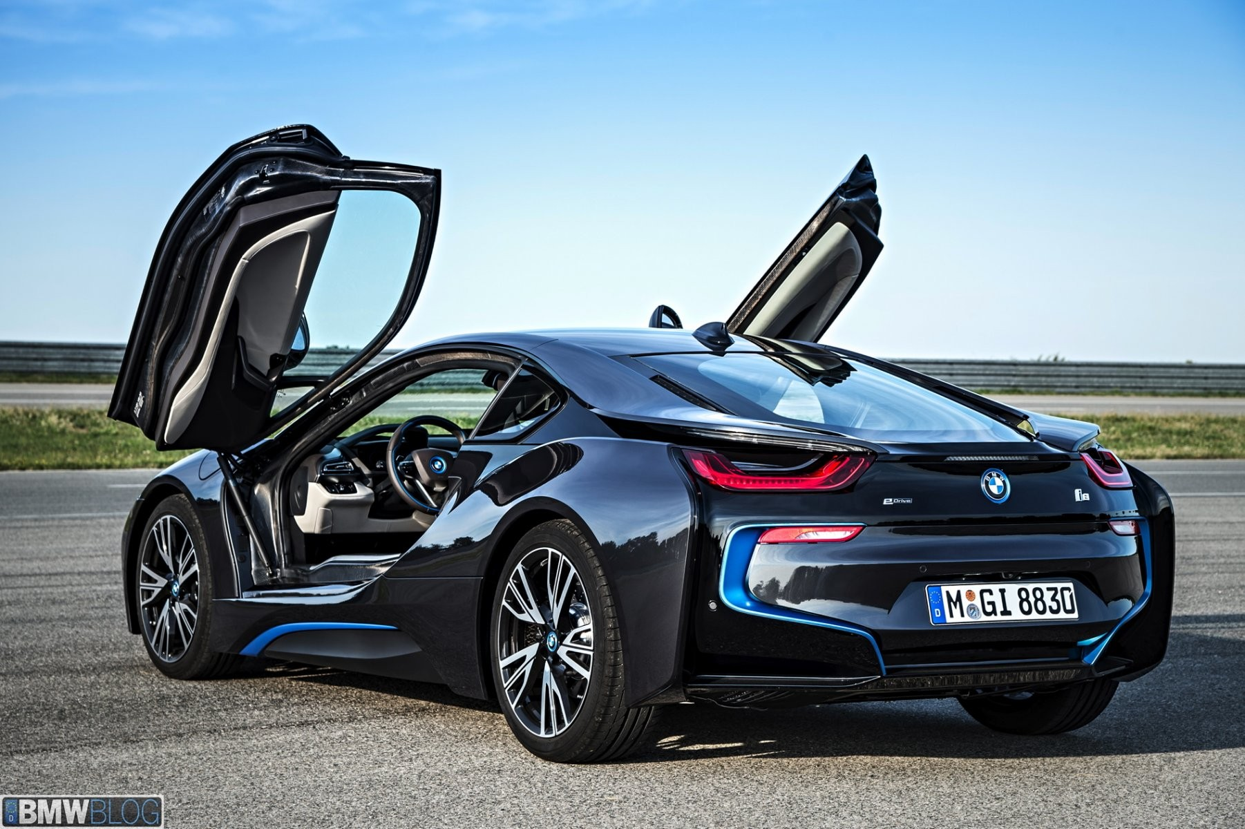 2014-bmw-i8-wallpapers-42