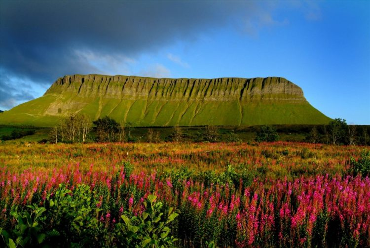 AD-Heres-Why-You-Definitelt-Need-To-Visit-Ireland-19