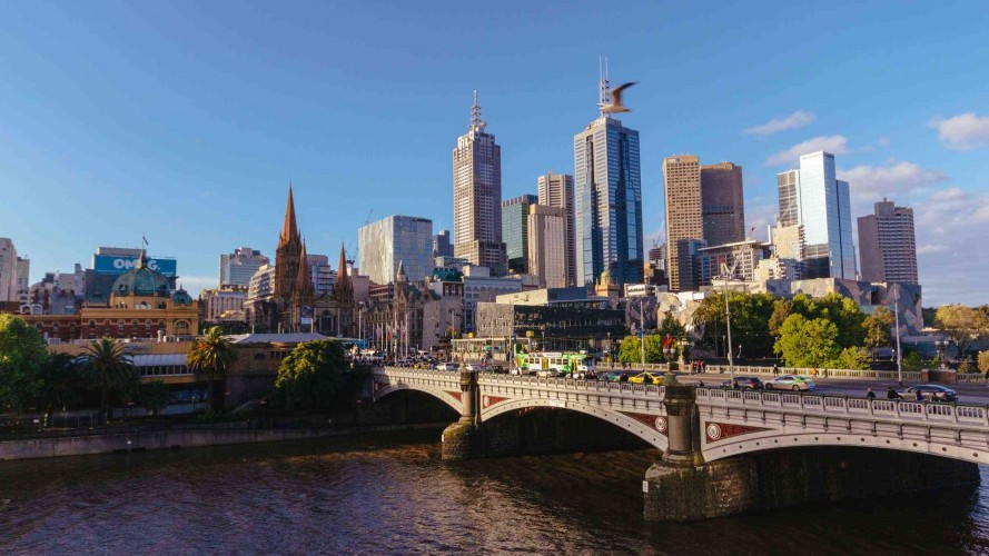 MelbourneRiver_2400x1350_1