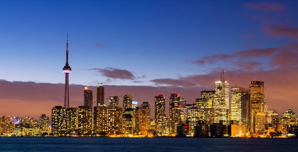 Porter_Destinations_0005_33_Toronto