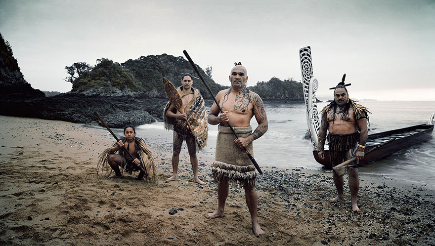 photographs-of-vanishing-tribes-before-they-pass-away-jimmy-nelson-16__880