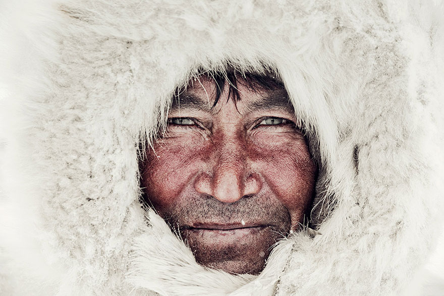 photographs-of-vanishing-tribes-before-they-pass-away-jimmy-nelson-45__880