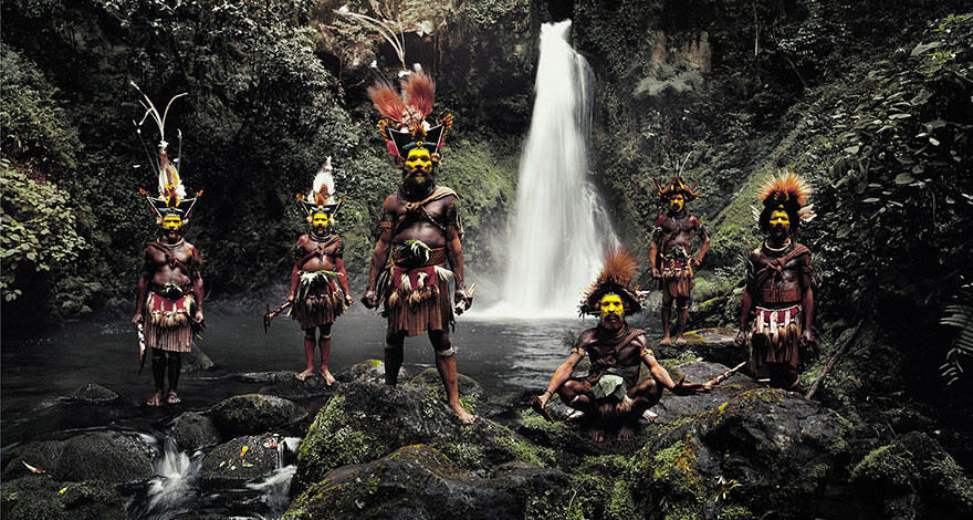 photographs-of-vanishing-tribes-before-they-pass-away-jimmy-nelson-6__880