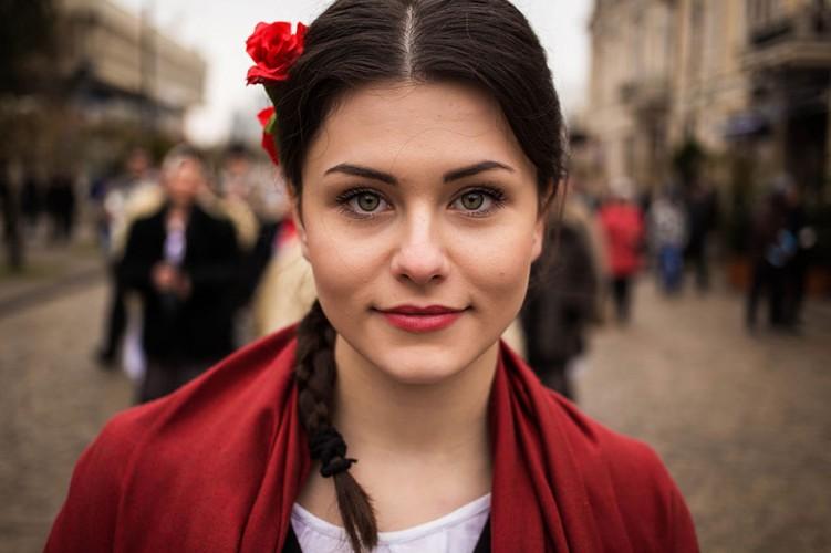 woman-beauty-atlas-mihaela-noroc-236__880