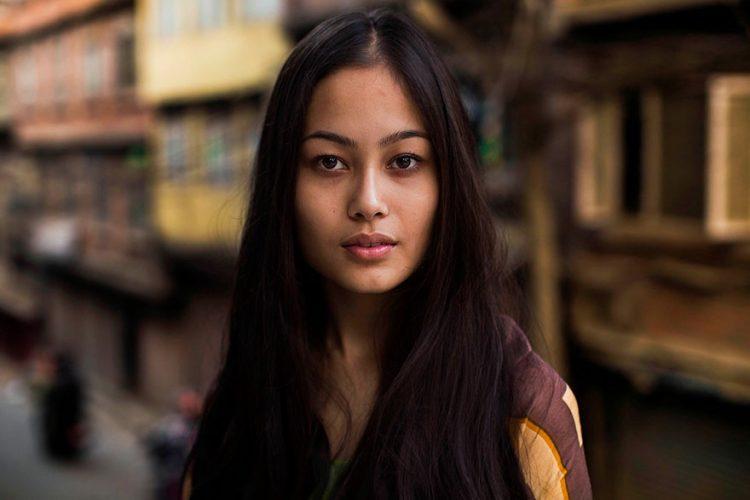 woman-beauty-atlas-mihaela-noroc-311__880